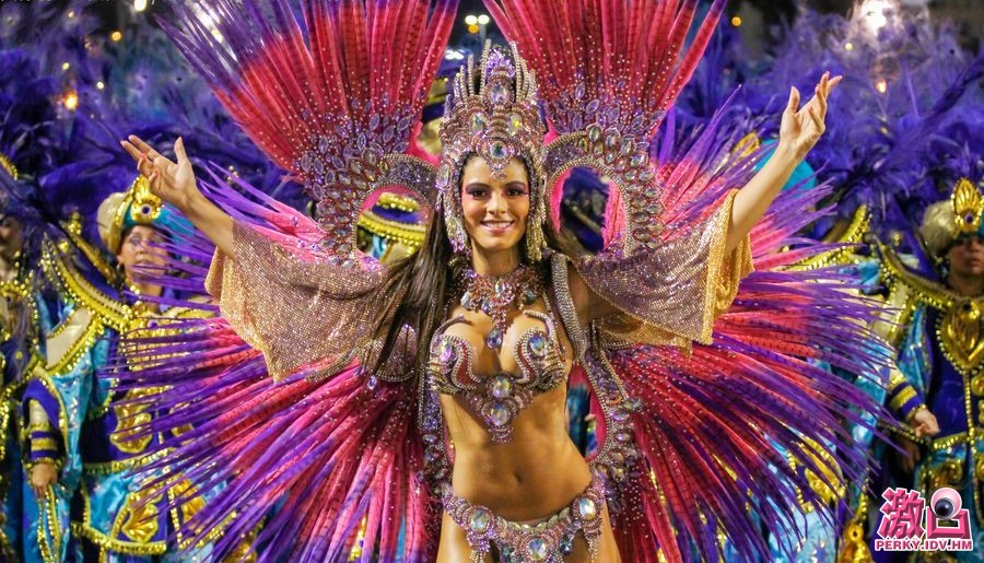 Brazil-Carnival-01.jpg