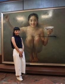 甜美女大學生為藝術做裸模